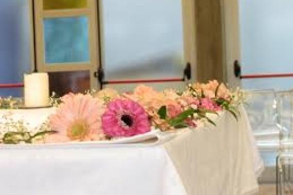 Messe per i defunti e l'offerta, altre offerte e raccolta durante la Messa